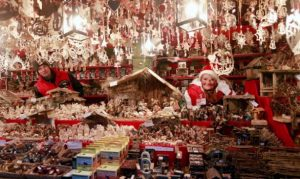 the-christmas-shops-in-nuremberg-germany